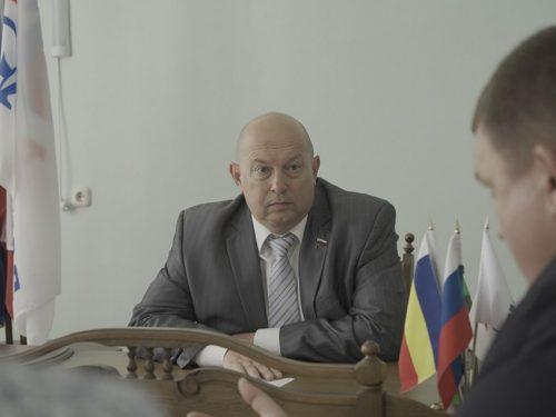 Депутат ГД РФ Алексей Кобилев провел 4 сентября первую часть сентябрьского приема граждан в Новочеркасске.