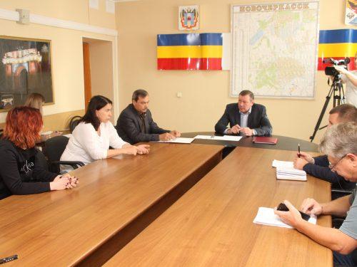 Непростые юридические вопросы обсуждались на очередном личном приеме граждан главой администрации Новочеркасска Игорем Зюзиным 1 октября