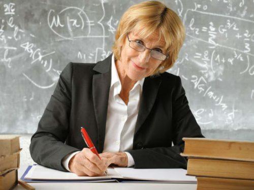 Ко Дню учителя: Ростовской области требуются преподаватели языков, гуманитарных наук и математики