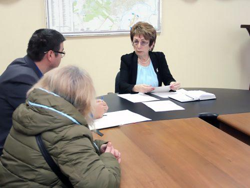 Лариса Конюшинская провела прием жителей Новочеркасска по личным вопросам