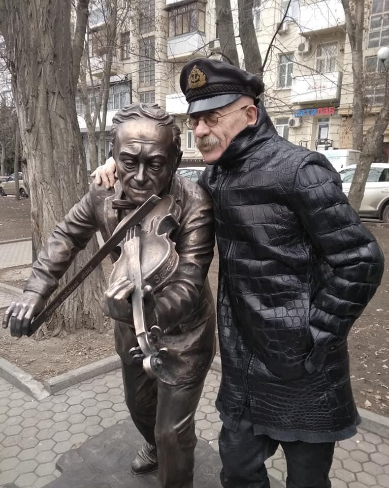 Ростовскому скрипачу Моне открыли памятник на Пушкинской