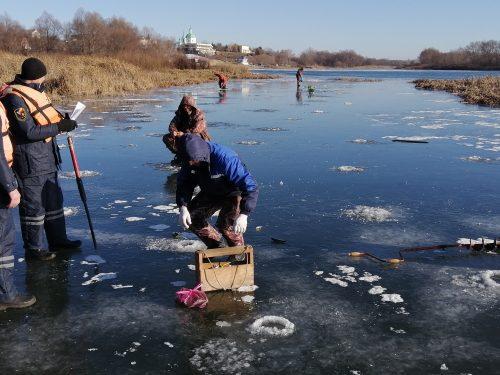 Лед, вроде, есть, а там как повезет…