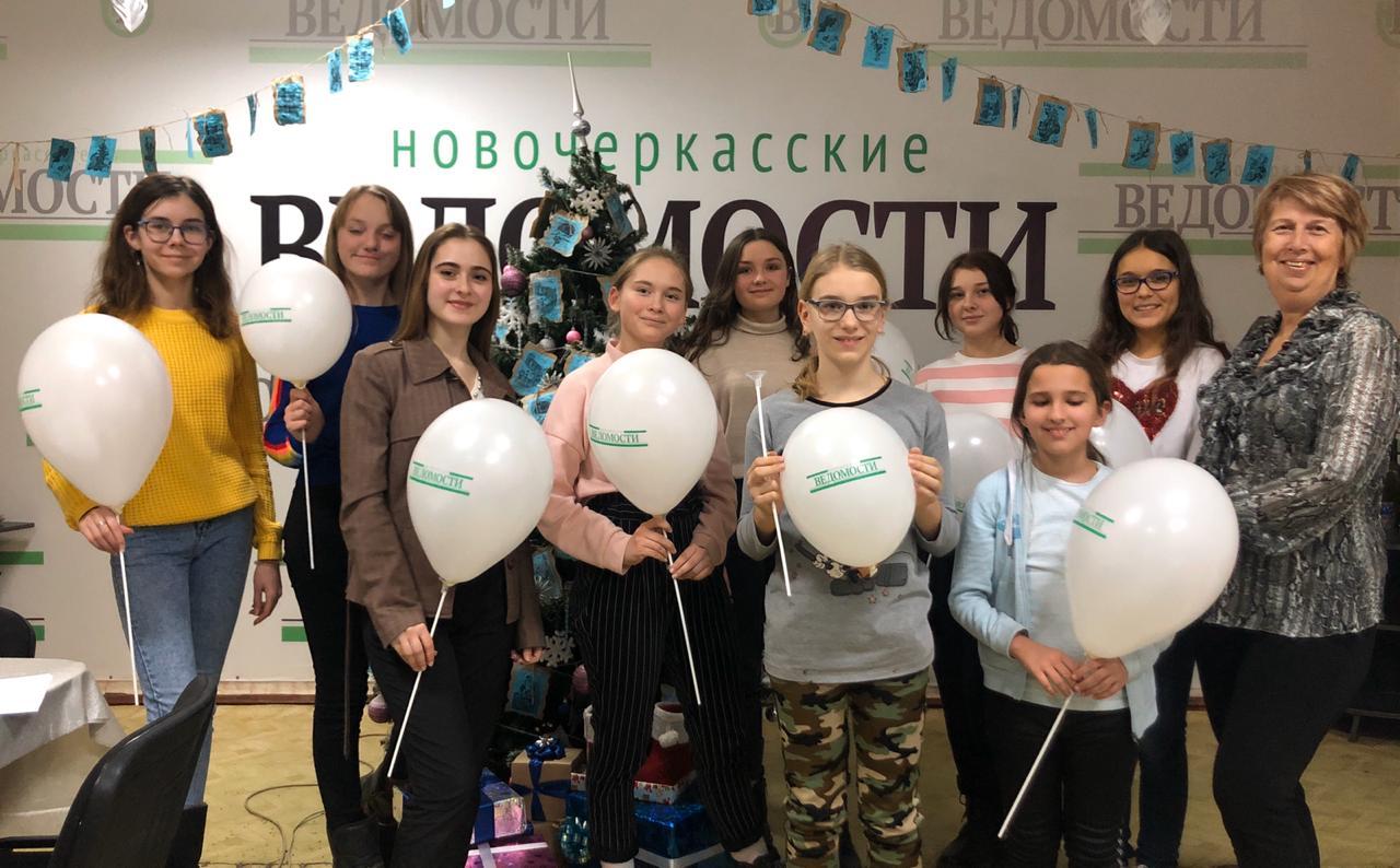 """Юнкоры Медиашколы «Росток» в редакции """"НВ"""""""