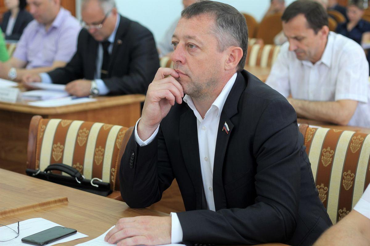 Новым председателем городского парламента Новочеркасска стал Николай Горкавченко