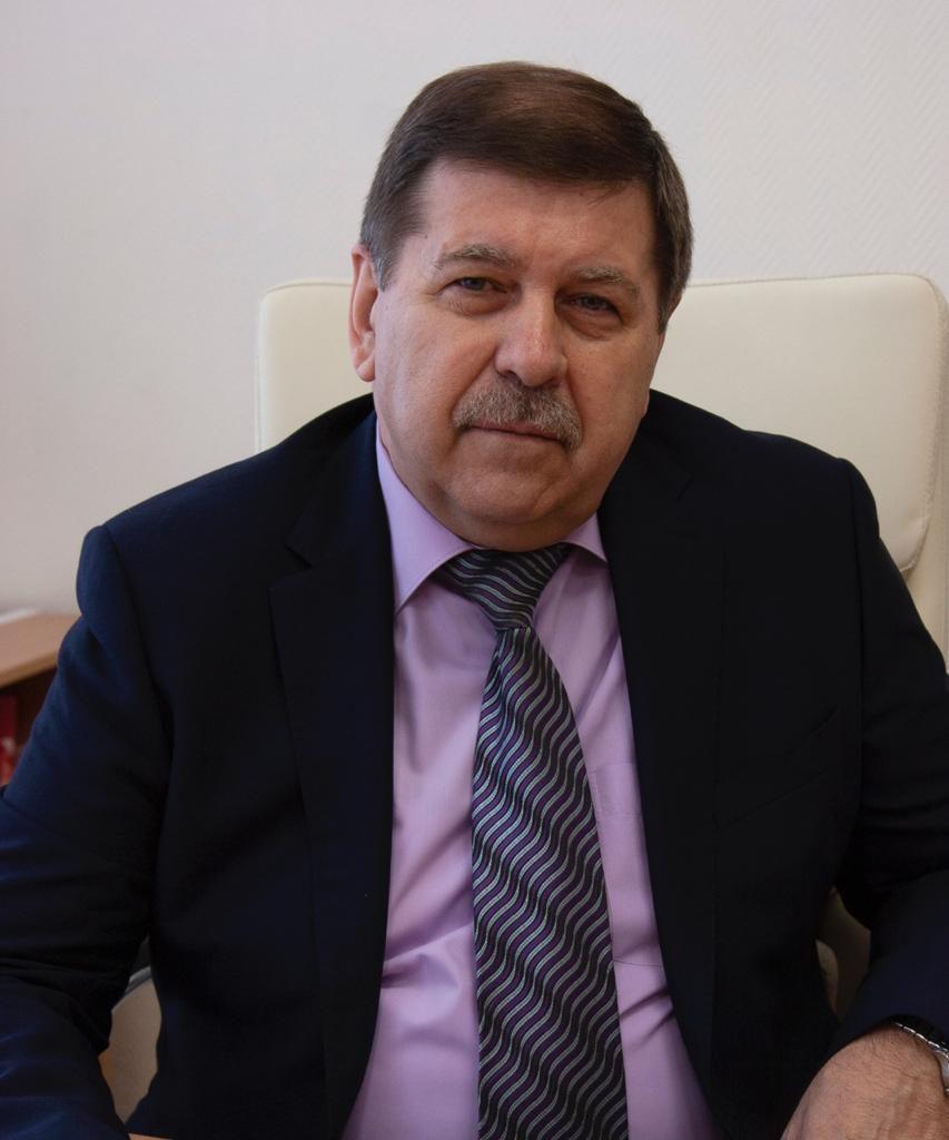Александр Косинов: Памяти Шапошникова быть
