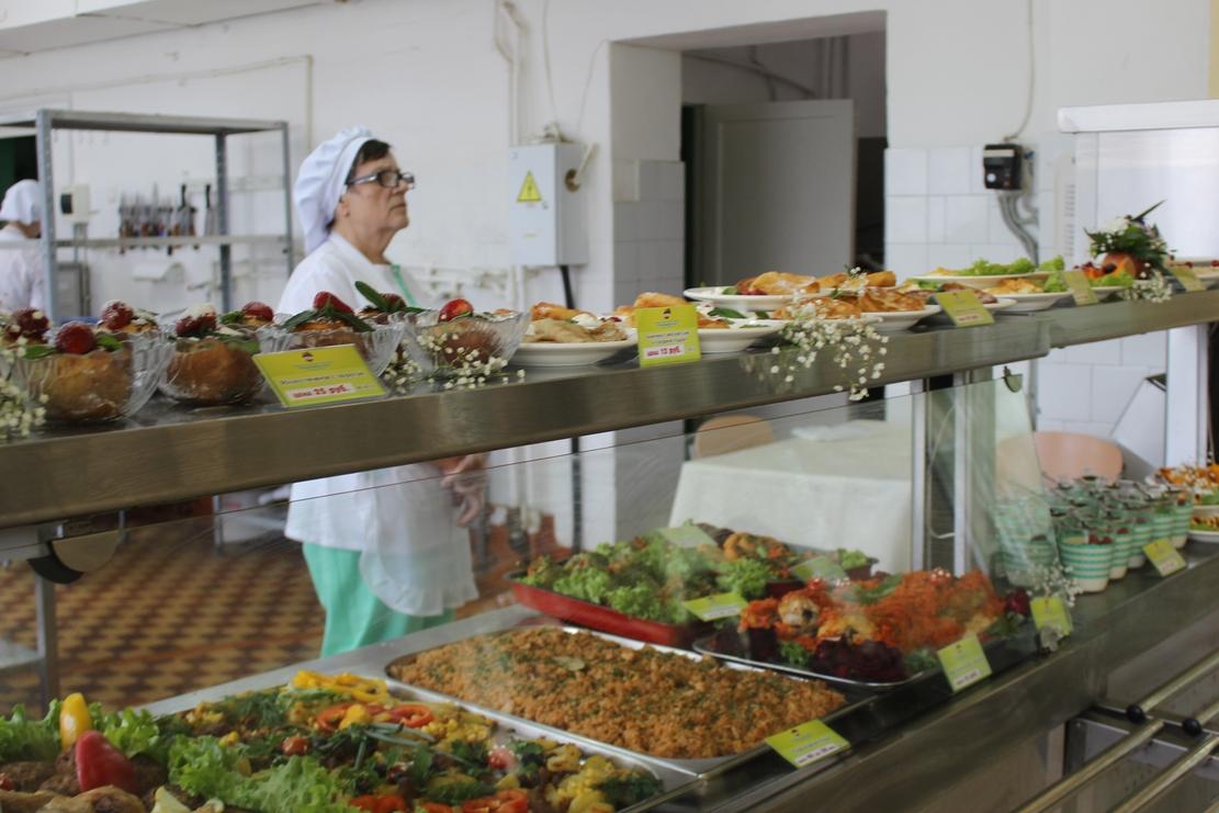 В Ростовской области улучшится организация горячего питания в школах