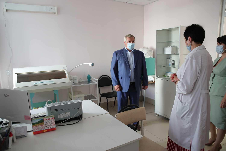 На заседании ростовского штаба по борьбе с коронавирусом определили, как помочь медикам