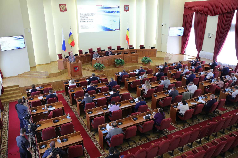 Законодательная инициатива Василия Голубева поможет бизнесу выжить