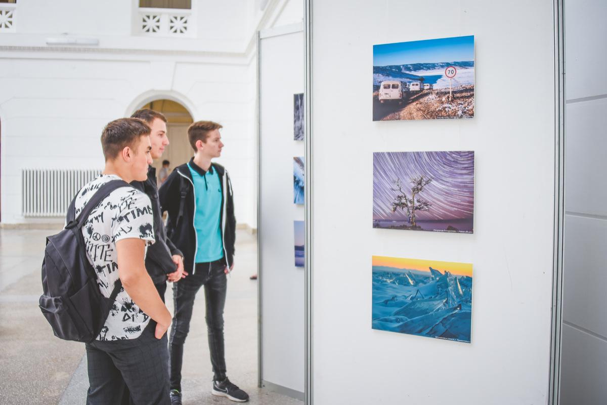 Уникальная фотовыставка открылась в первом вузе юга России