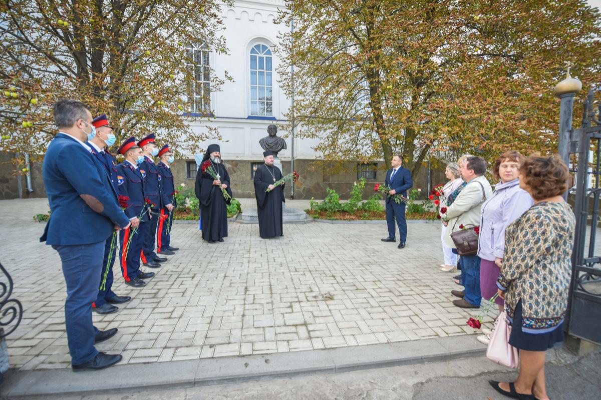 В Новочеркасске почтили память Алексея Лосева