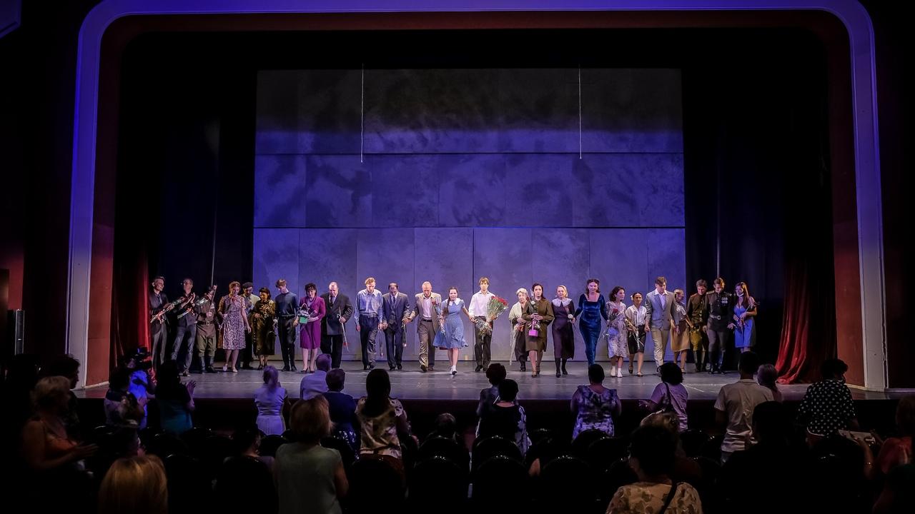 Новочеркасский театр открыл новый сезон