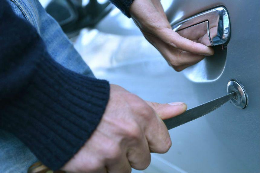 Обокрал соседа: новочеркасские полицейские раскрыли кражу