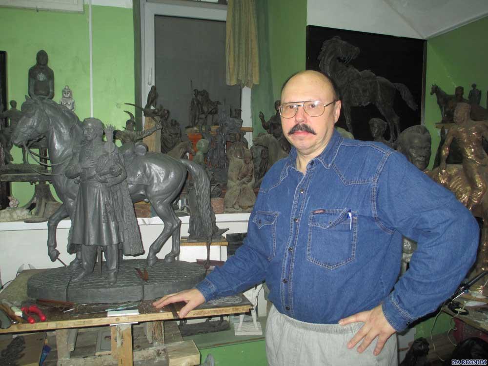 Заслуженный художник РФ организует выставку в новочеркасском университете