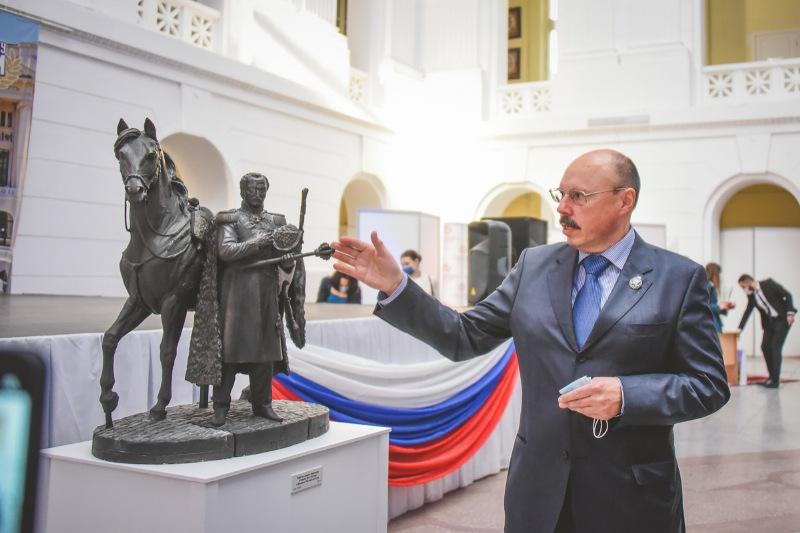 В ЮРГПУ (НПИ) открылась выставка к 450-летию служения донских казаков государству Российскому