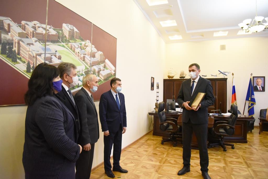 Герою России Михаилу Лабунцу исполнилось 75 лет