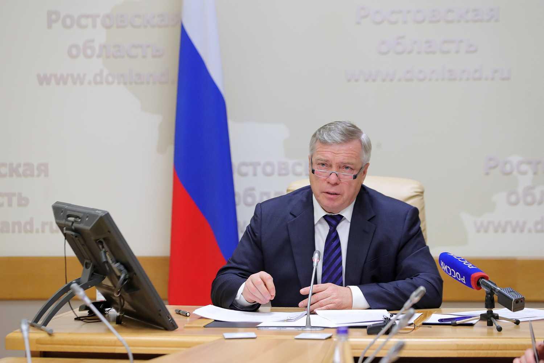 Василий Голубев взял на контроль насущные проблемы дончан