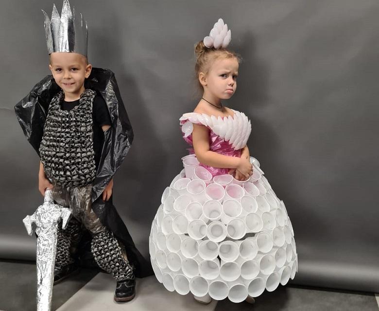 В Новочеркасске идет конкурс «Мода из отходов»