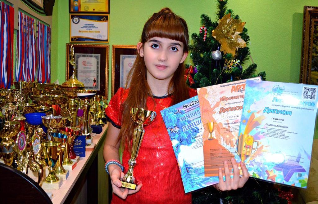 Ошеломительные успехи юной вокалистки из Новочеркасска