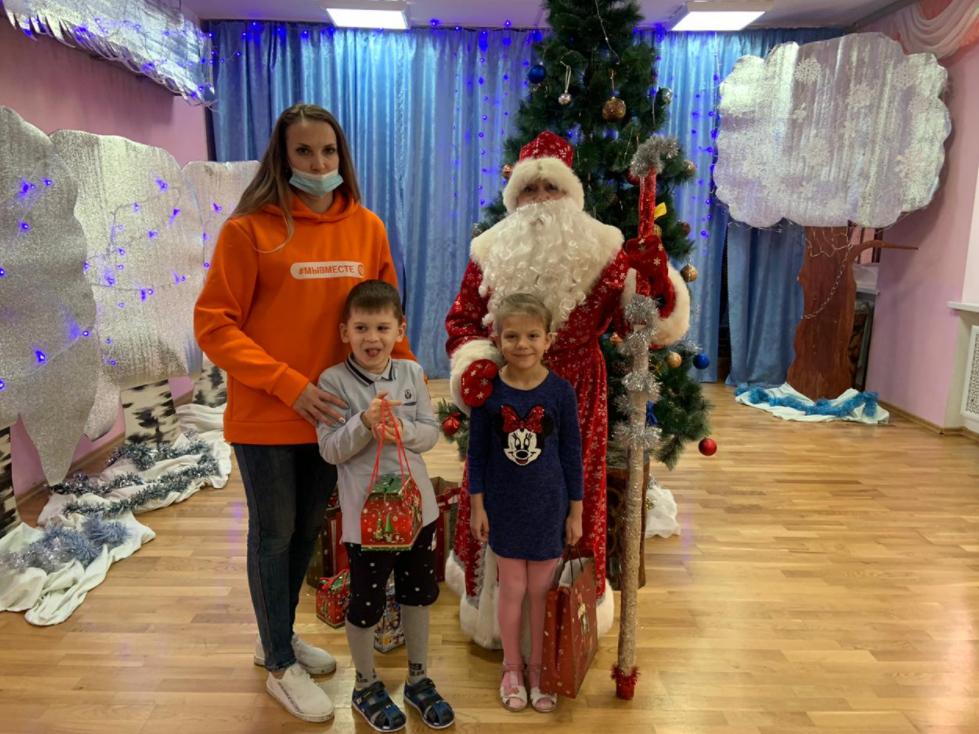 Леонид Шафиров: «Новогодний праздник для особенных детей помогли организовать волонтеры»