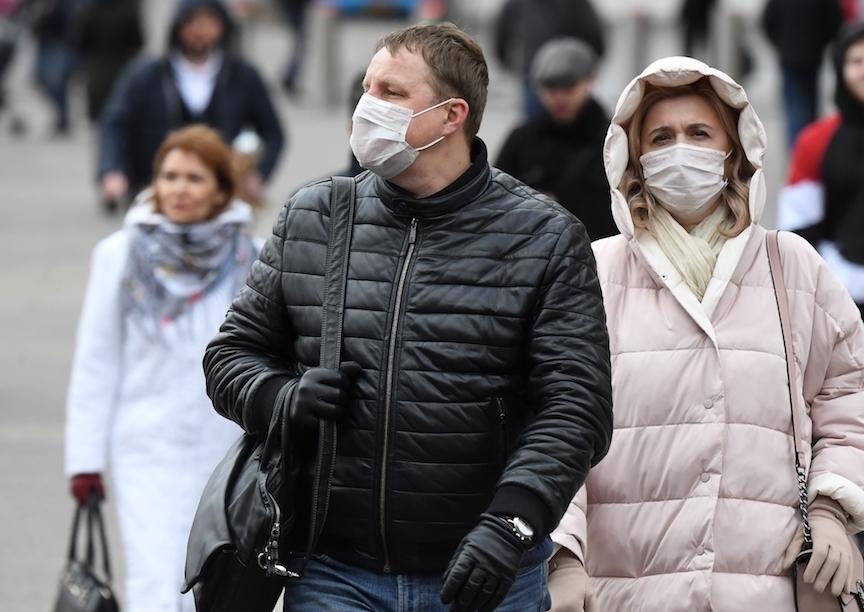 Медицинские маски вошли в топ-10 товаров в России