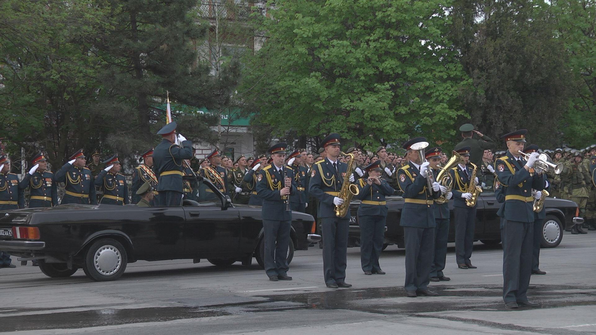 Первая вечерняя репетиция Парада прошла в Новочеркасске