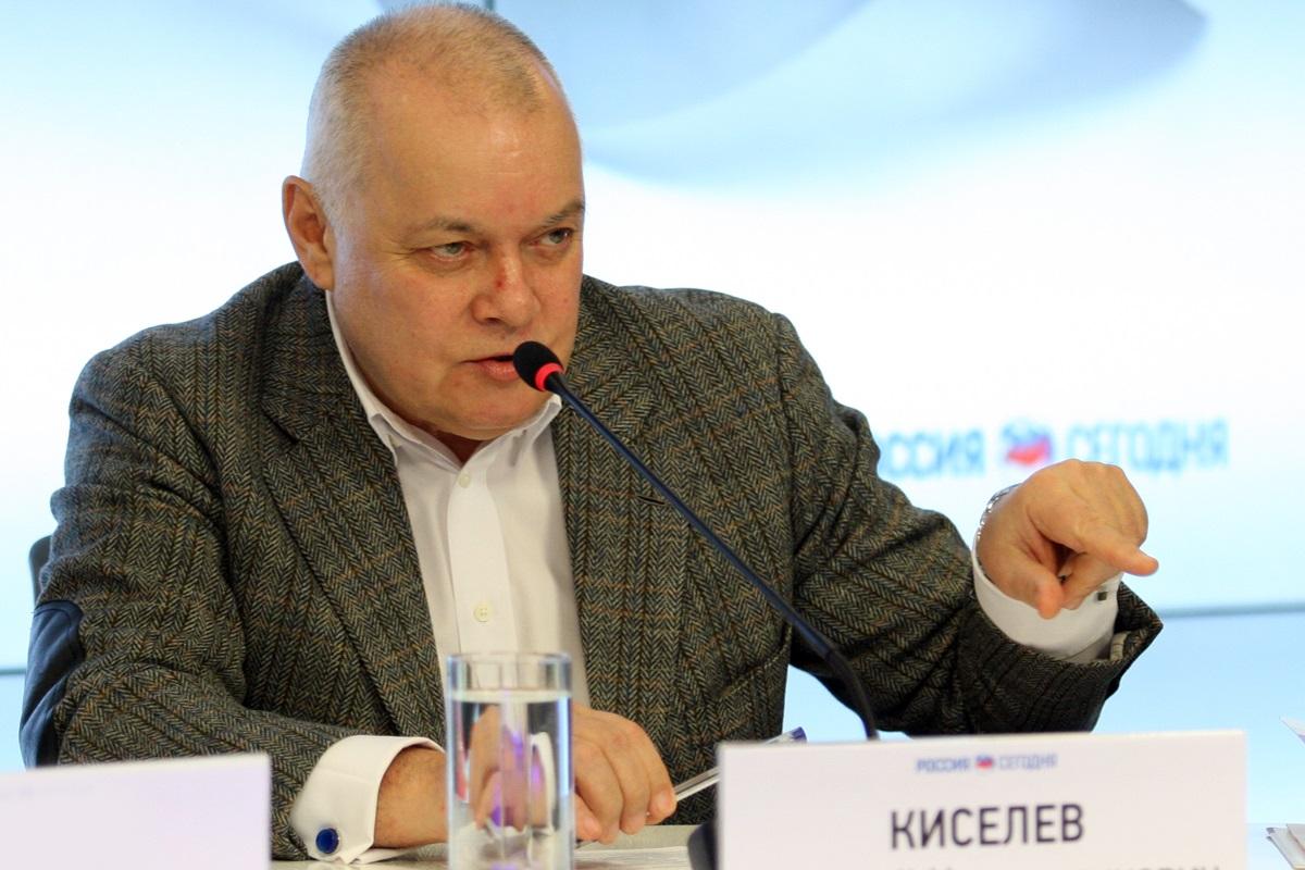 Дмитрий Киселёв против лечения непривитых россиян за счет государства